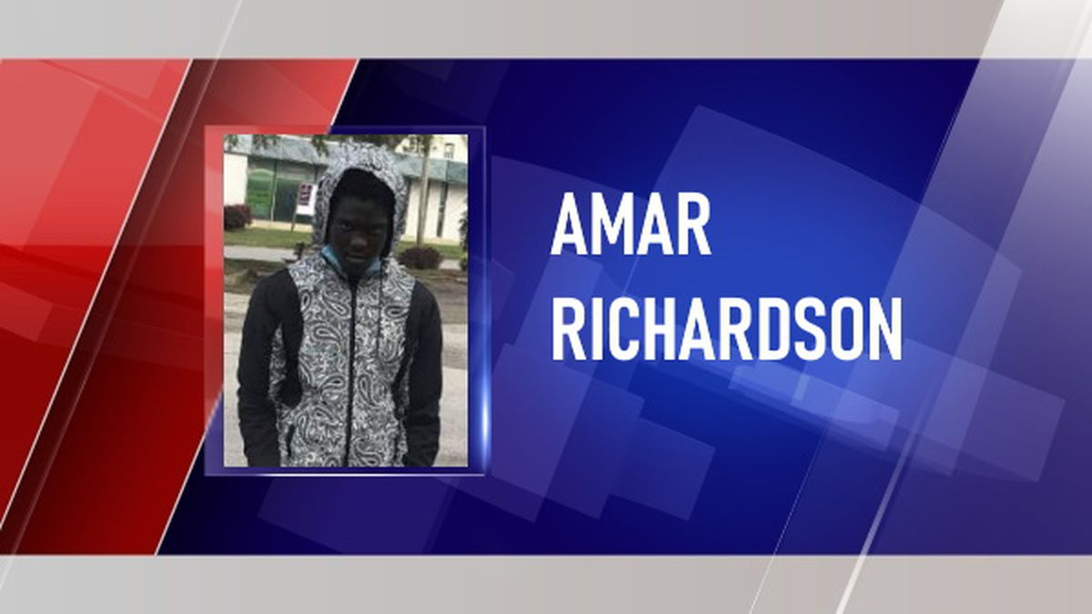Kanawha County deputies are looking for Amar Abdu Richardson for his alleged role in a shooting.
