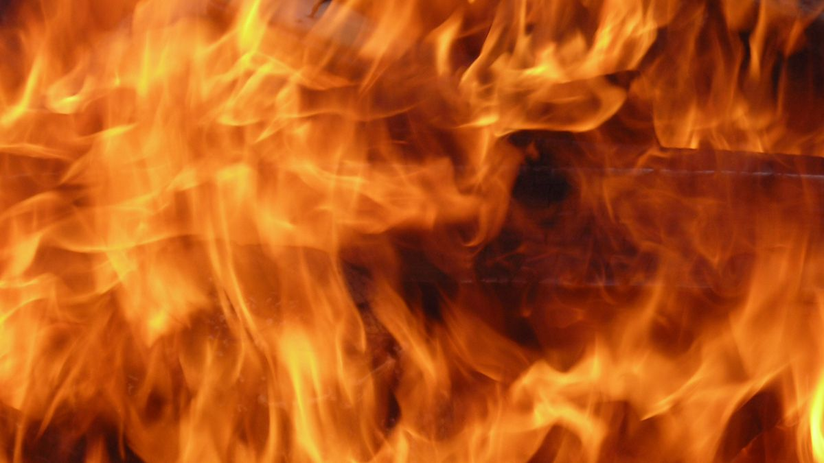 Putnam County 911 dispatchers tell us the house went up in flames around 12:30 a.m. and has...