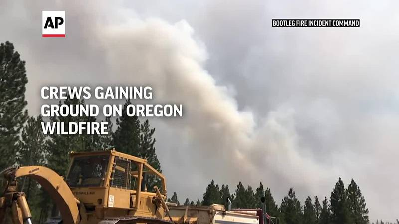 Low winds are helping crews battling the nation's largest wildfire in southern Oregon. The...