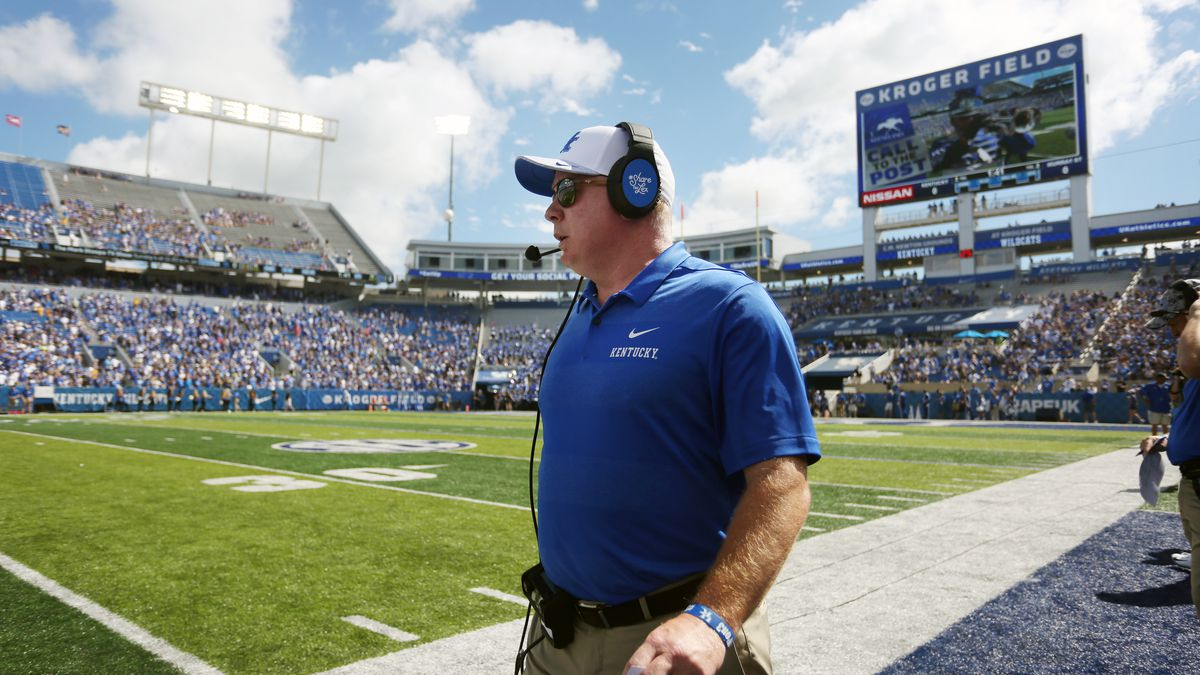 Mark Stoops<br /><br />UK football beats Murray State 48-10.<br /><br />Photo by Britney Howard | UK Athletics