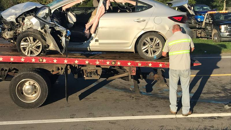 A man died, and two people were hurt in a head-on crash on state Route 93 in Jackson County,...
