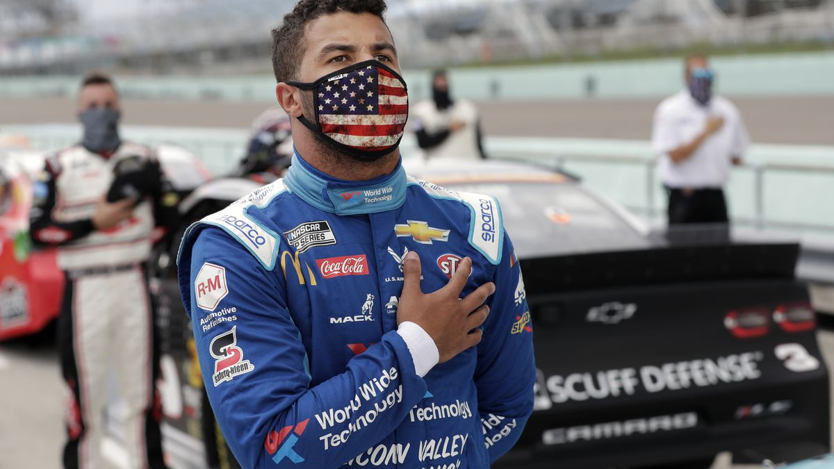 A noose was found Sunday in Bubba Wallace's Garage Stall At Talladega (AP Photo/Wilfredo Lee)