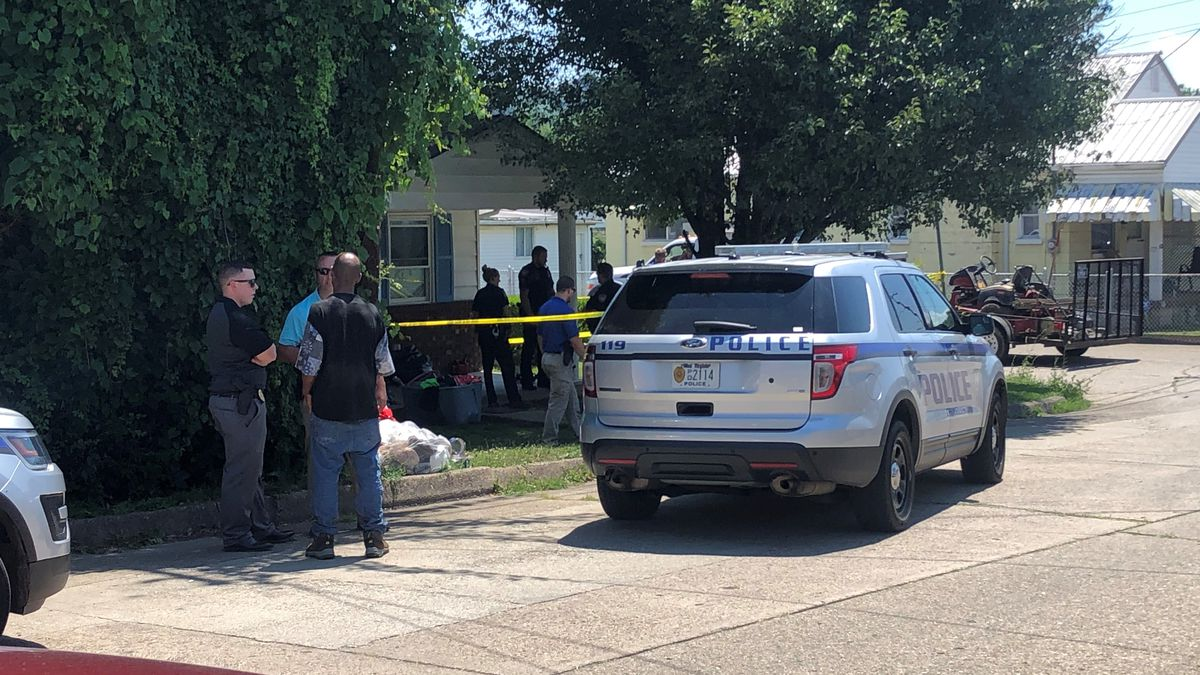 Shooting reported in Charleston
