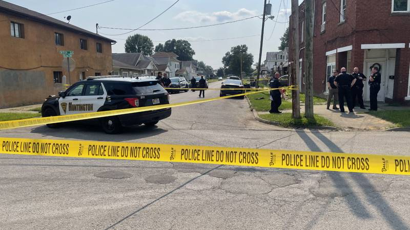The shooting was reported just before 4 at W 9th Street and Monroe Avenue.