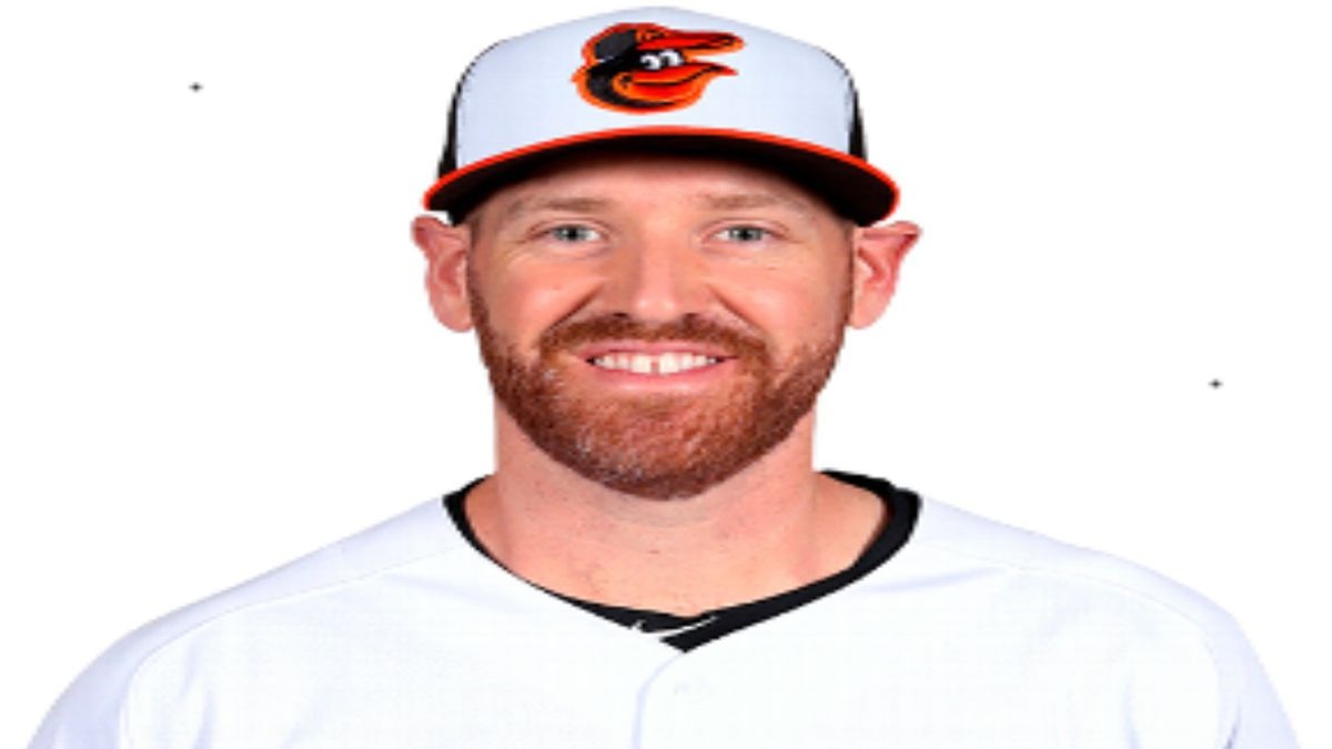 Dan Straily Gets 1st Win In Korean Baseball League