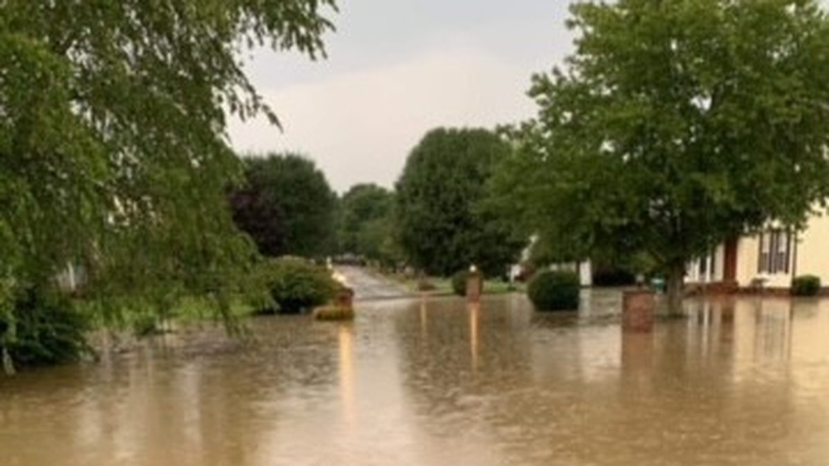 Heavy rain floods White Pines subdivision in Teays Valley.