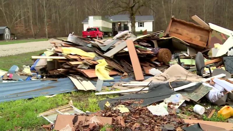 Flood victims are getting some much welcome help from volunteers, while still holding onto hope...