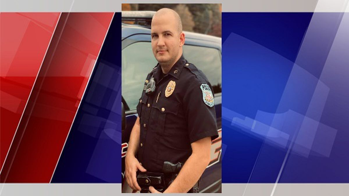 Sgt. Michael Oliver was promoted to police chief Monday night in the village of Syracuse, Ohio.