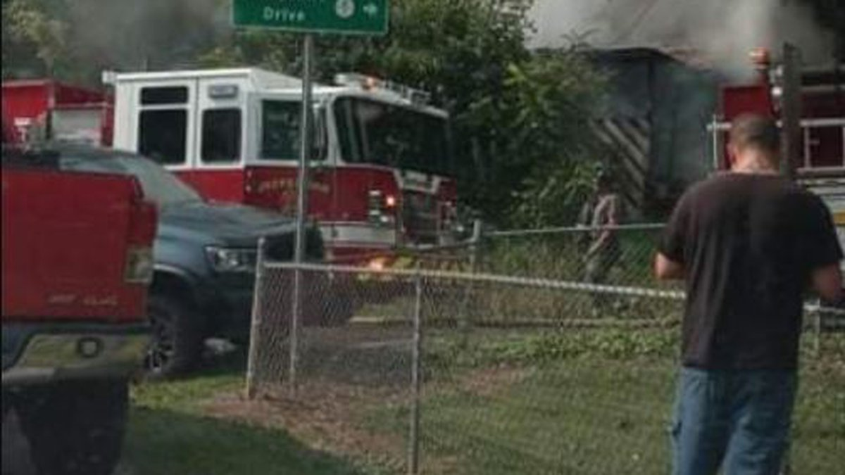 Metro 911 dispatchers say the fire happened on Hampshire Drive in St Albans