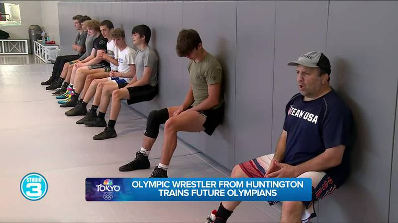Olympic wrestler from Huntington trains future Olympians