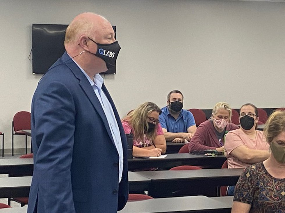 President of the WVEA, Dale Lee asked Putnam County BOE to revoke their current mask policy and...
