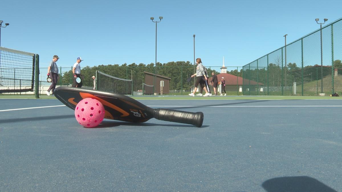 Shawnee Sports Complex in Dunbar, West Virginia, is getting six new pickleball courts.