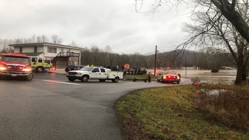 This is the scene of a water rescue in Greenup County.