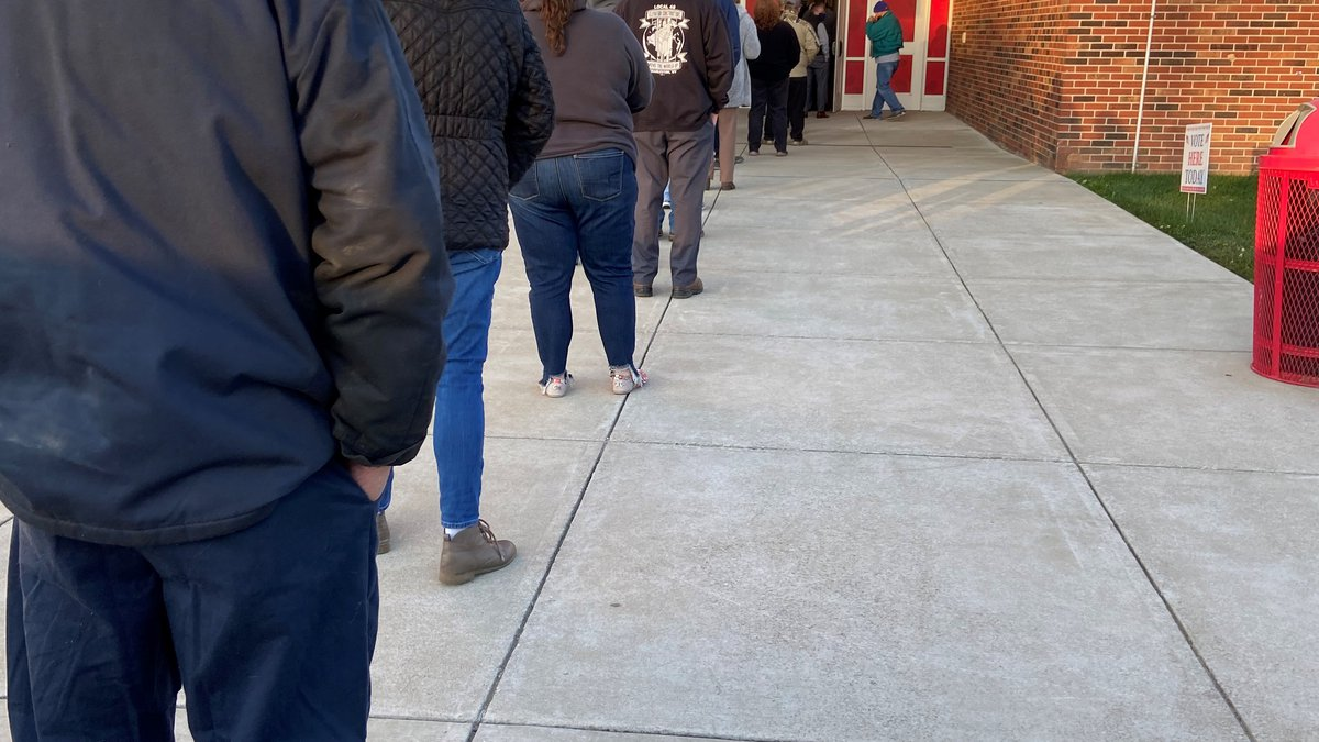 Voters line up early to vote in Boyd County, Kentucky