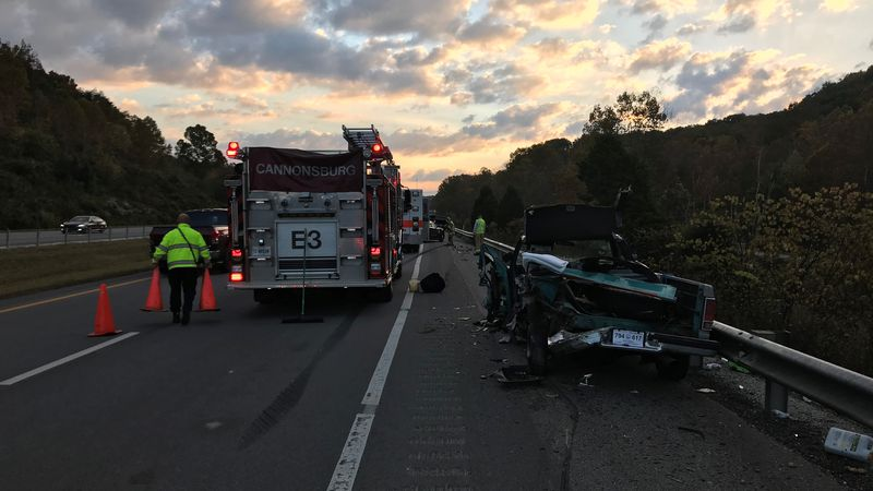 Two vehicle crash shuts down I-64 in Boyd County