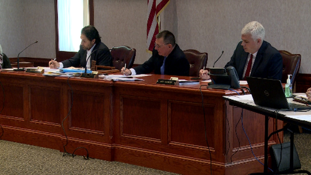 At the Putnam County commission meeting Tuesday, the board voted against a rezoning proposal...