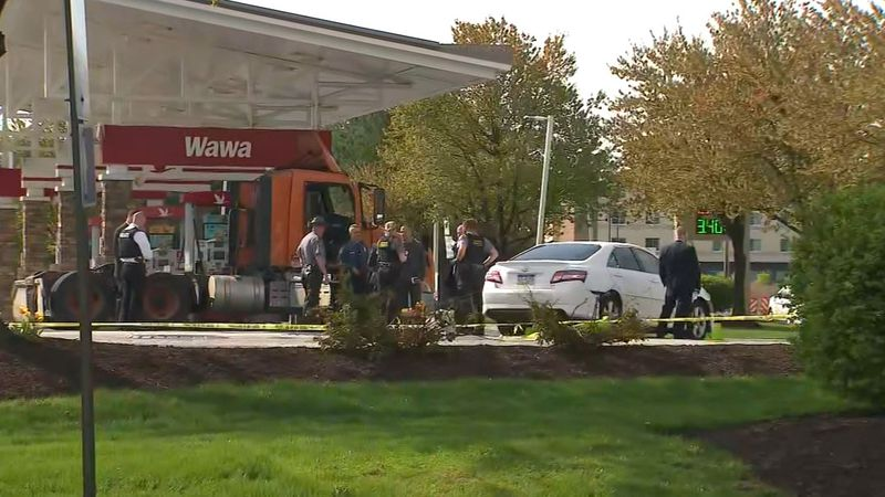 Police investigate a shooting at a Pennsylvania convenience store.