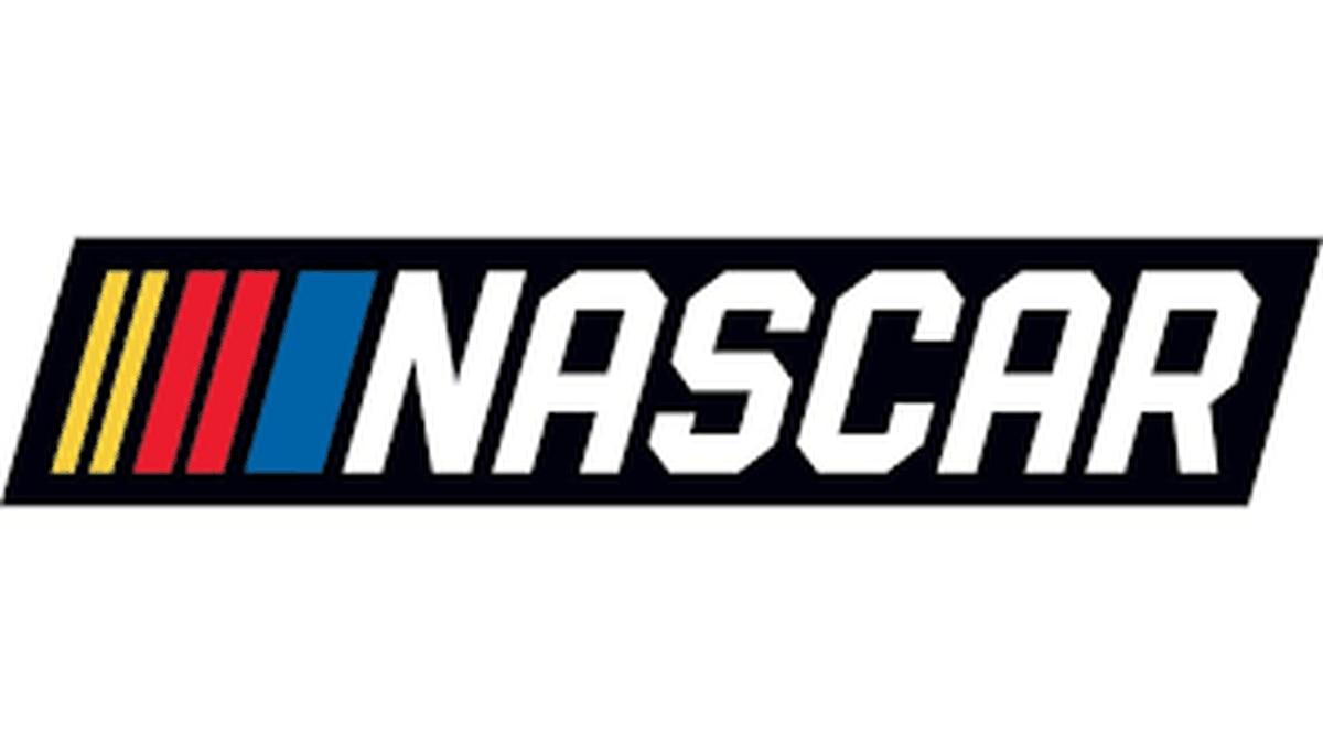 Brad Keselowski gets his 33rd career NASCAR checkered flag