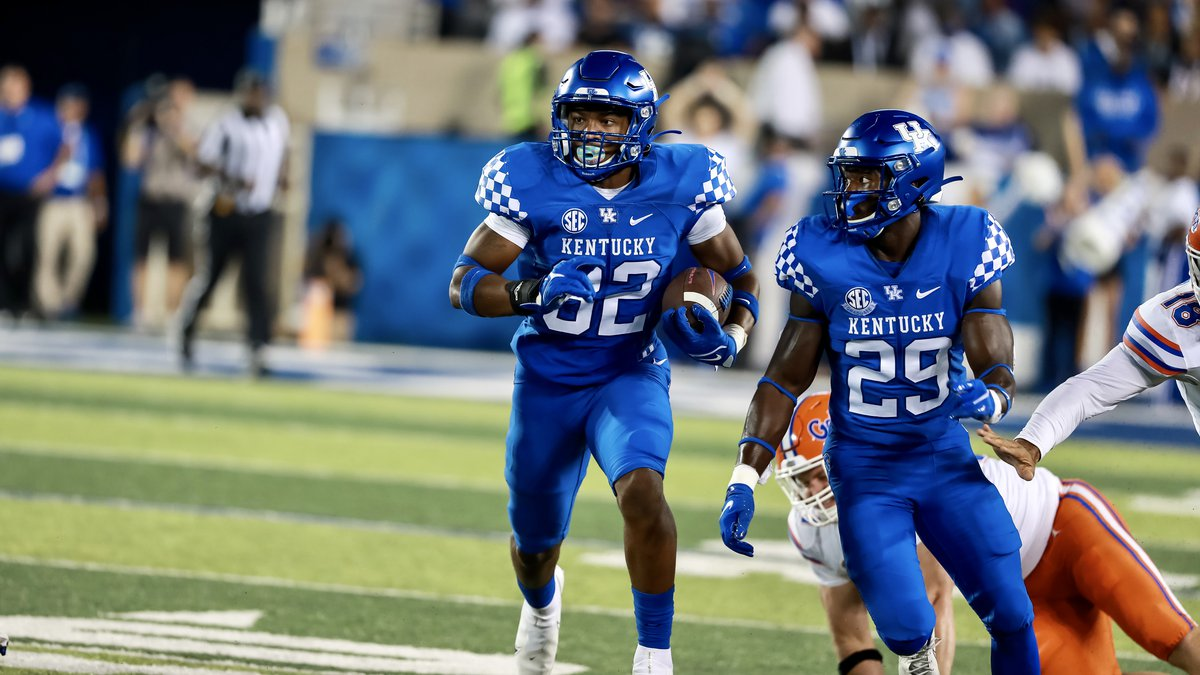 UK's Trevin Wallace running back a blocked field goal against Florida.