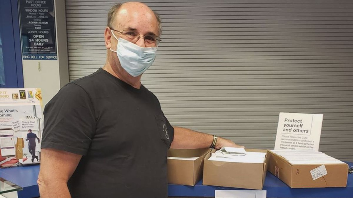 Pillersdorf mails more than 1,000 checks to former clients of Eric C. Conn.
