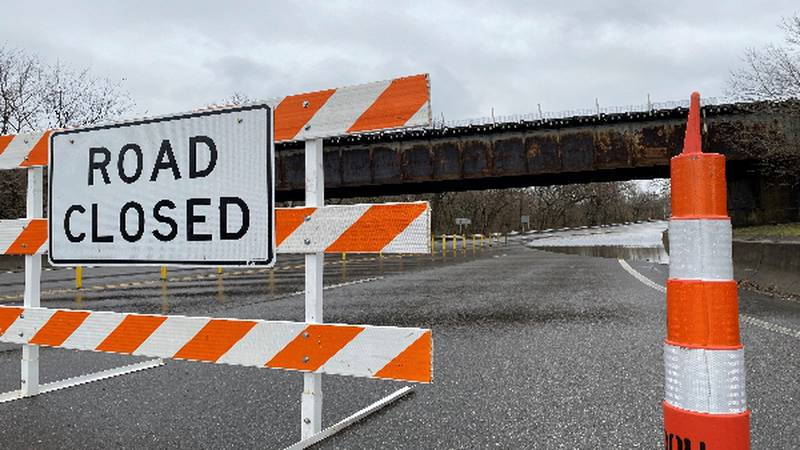 High water has caused lane closures on Route 60 in Barboursville Thursday morning.