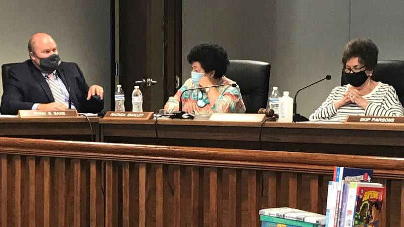 The Cabell County School Board voted unanimously Thursday evening to mandate masks for students...