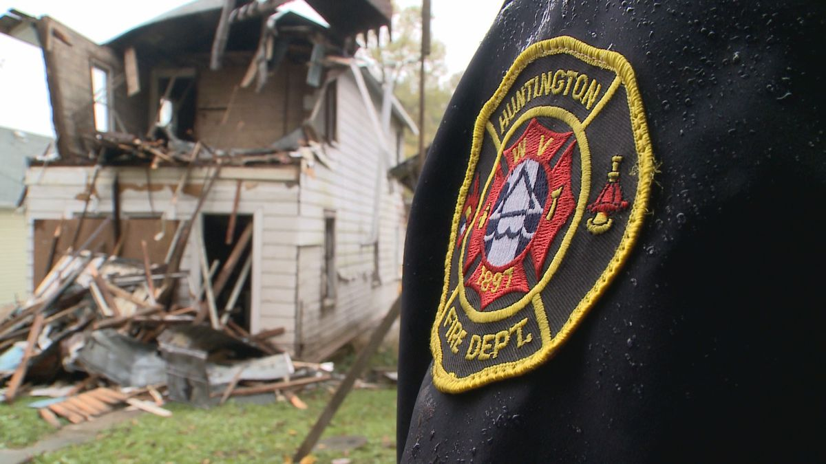 More homes are coming down off the city of Huntington's unsafe building list.