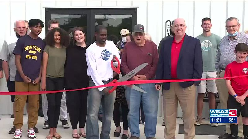 Ribbon cutting for new sports facility in Hurricane