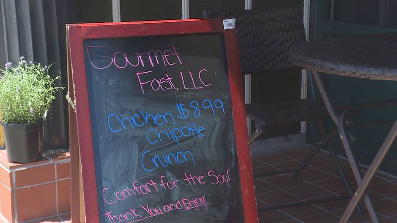After a long fight, the owners of Gourmet Fast are trying everything to stay open.