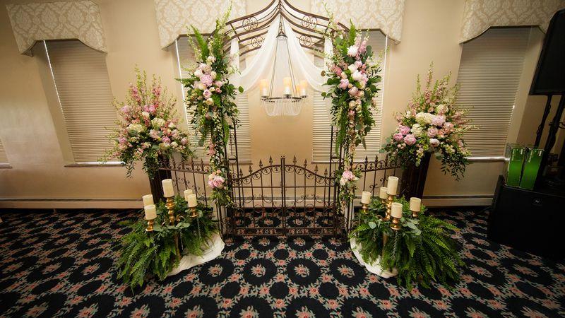 Guyan Golf and Country Club weddings